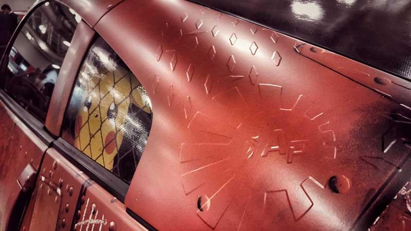 ussc-vehicle-wrap-winner-2016-vinyl-embossed-details